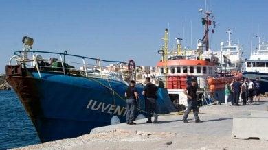 Migranti, Cassazione conferma il sequestro la nave Iuventa resta bloccata a Trapani