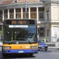Palermo, sassi contro il bus: ferita una ragazza