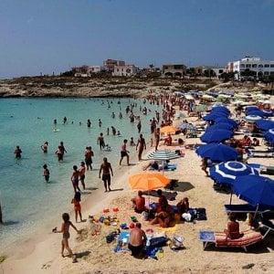 Lampedusa, acque inquinate: sequestrato il depuratore, indagati Nicolini e Martello