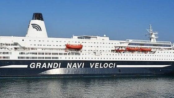 Colpo a bordo, rubata la cassaforte: nave Palermo-Genova partita in ritardo
