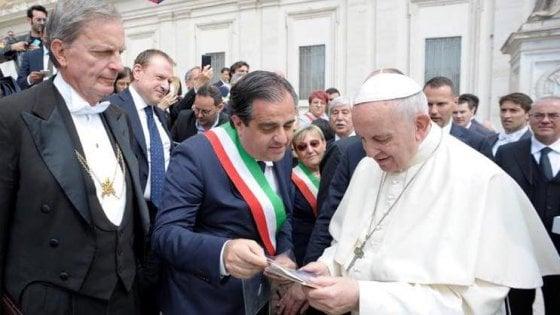 Vertenza Blutec, il sindaco di Termini Imerese chiede aiuto al Papa