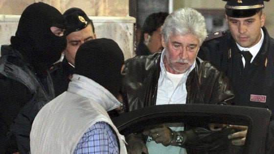 """Mafia, """"Deve scontare 6 anni e mezzo"""": arrestato uomo dei Lo Piccolo"""