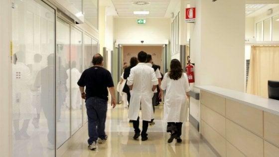 Palermo, operata di ernia muore dopo 24 ore: il marito denuncia la clinica
