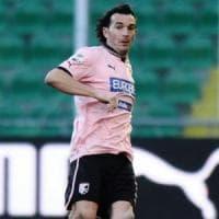 Palermo, l'ex terzino Aronica deferito al giudice sportivo per le frequentazioni