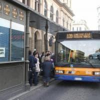 Palermo, scontro fra bus Amat e pullman: traffico in tilt alla stazione