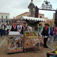 Cefalù, sposa scollata: il vescovo minaccia sanzioni per le nozze del calciatore