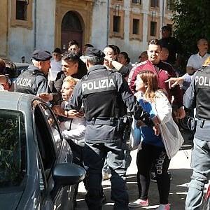 """Palermo, spaccio di cocaina nel """"salotto"""" della città, 11 arresti. L'avvocatessa al pusher: """"Portami due pacchi di sigarette"""""""