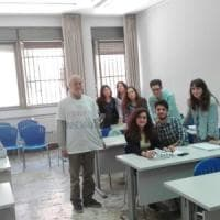 """Palermo, la protesta del prof: lezione in ateneo con maglietta """"Sono omosessuale"""""""