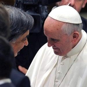 Palermo, doppia nota del sindaco sulla visita del Papa: sparisce il riferimento alla mafia
