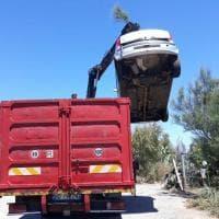 Palermo, volontari portano via tonnellate di rifiuti dalle coste dell'Addaura