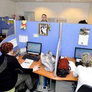 Evasione fiscale in call center, sequestrati beni per 4 mln. Scoperti circa 800 lavoratori in nero