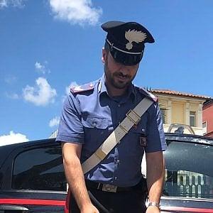 Catania, ferisce a coltellate il figlio: arrestato uomo di 66 anni