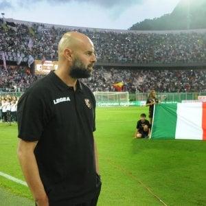 Play off, Palermo alla sfida finale: l'ultimo allenamento a Frosinone. E in città sale la febbre del tifo