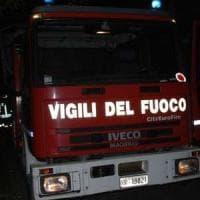 Palermo, va a fuoco la cabina Enel di una scuola in via Maqueda: niente