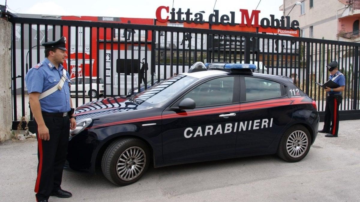 Pizzimenti Mobili Palermo.Palermo Bancarotta Fraudolenta Arresti Domiciliari Per I