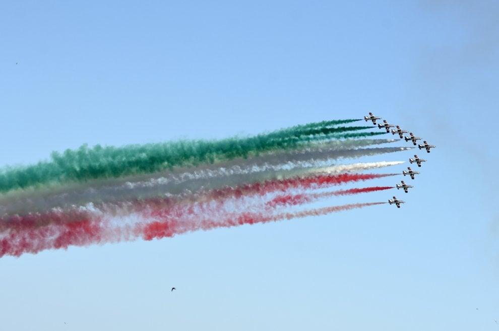 Palermo con gli occhi in su: lo show delle Frecce tricolori