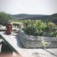 Pantelleria, il mare colore del passito