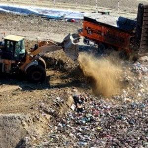 Vulcano, sequestrato il centro comunale dei rifiuti