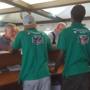 Messina, 12 minori stranieri non accompagnati accolgono i crocieristi