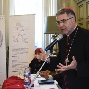 """Palermo, il monito del vescovo: """"Non sostituiamo la democrazia con i capi carismatici"""""""