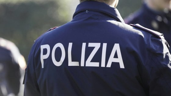 Ufficio Postale A Palermo : Uffici postali via oggioni chiusura cinisello