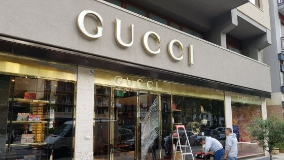 Palermo, furto da Gucci: terzo colpo in via Libertà