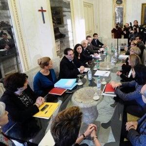 Palermo, lavoro fasullo per i precari: stangata da 35 milioni sull'ex giunta Crocetta