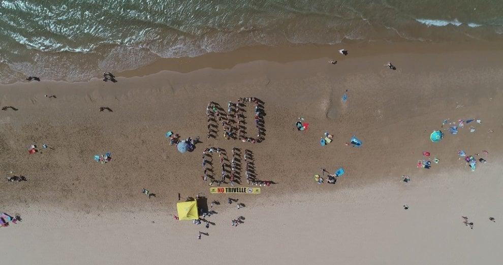 Ragusa, flash mob di Goletta verde contro le trivellazioni in mare