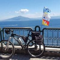 Giro di Sicilia in bici per beneficenza: raccolti 2.400 euro