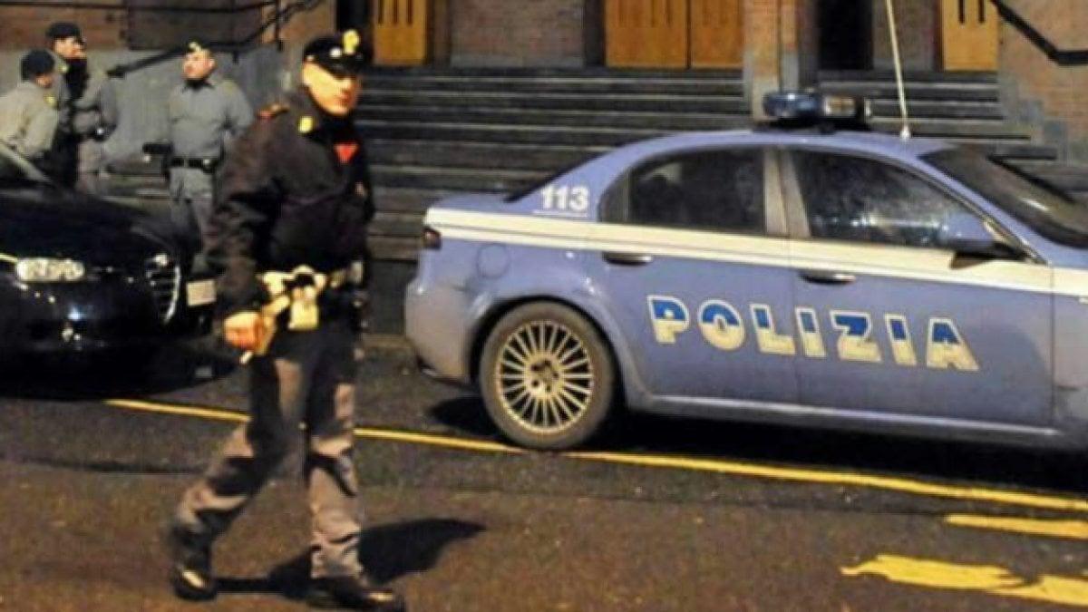 Palermo false dichiarazioni per ottenere i permessi di for Permessi di soggiorno per lavoro