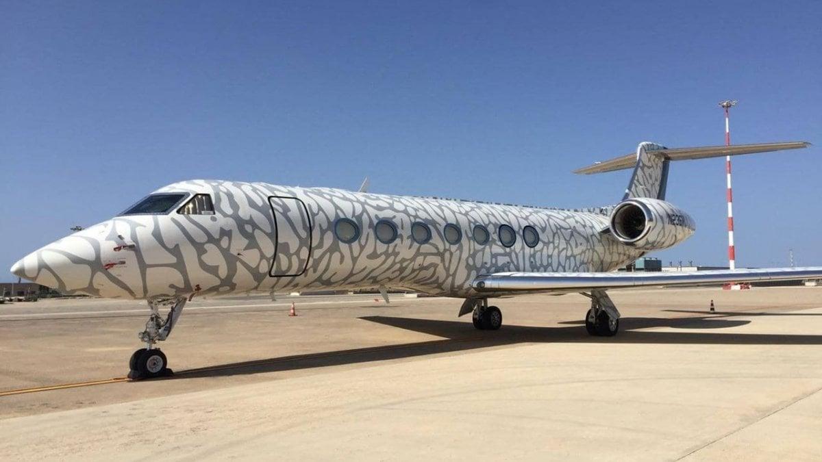 Aereo Privato Roma Milano : Il primo volo dell aereo anfibio più grande del mondo