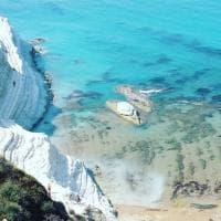 Agrigento, la spiaggia regina di Instagram è la Scala dei turchi