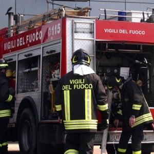 Palermo, incendio in negozio di elettrodomestici di via Pitrè