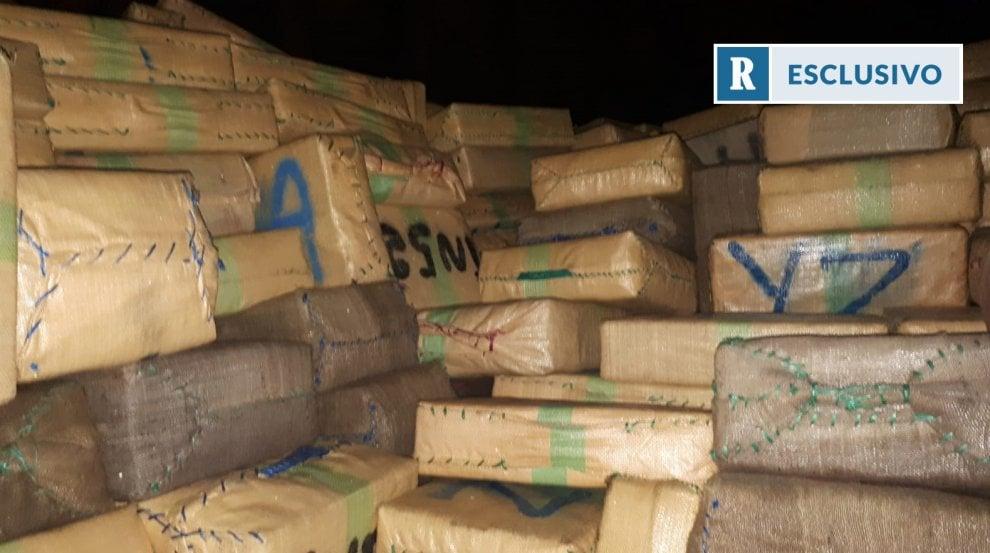 Palermo, nave con 20 tonnellate di hashish bloccata al porto: 11 arresti - Esclusiva Repubblica.it