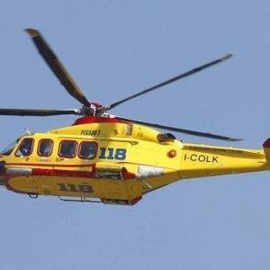 Salemi, bimbo cade dal balcone: trasportato in elisoccorso a Palermo