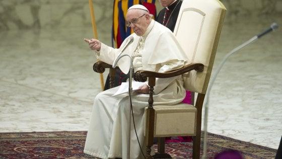 La visita del Papa a Palermo: l'arcivescovo chiede fondi alle parrocchie