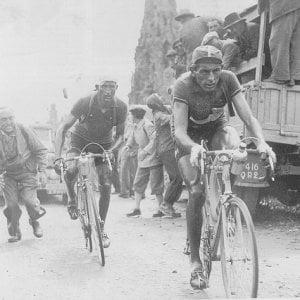 Messina, false società ciclistiche nel nome di Coppi e Bartali per ottenere finanziamenti