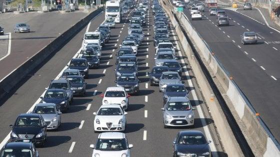 Sullo Stretto, sulla Palermo-Mazara e sulla Messina-Catania: traffico, è una Sicilia da bollino nero