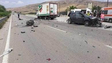 Strage senza fine sulle strade siciliane due morti a Enna, 2 fra Trapani e Agrigento