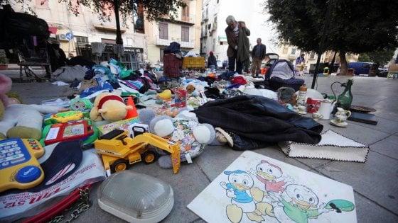 Palermo, parte la raccolta dei rifiuti ingombranti al mercato dell'usato di Ballarò
