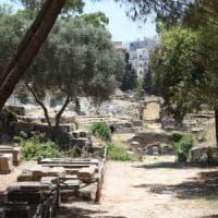 Siracusa, incendio vicino al parco archeologico: chiuse due strade invase