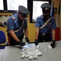 Pantelleria, un borsone con 24 chili di cocaina trovato sulla scogliera