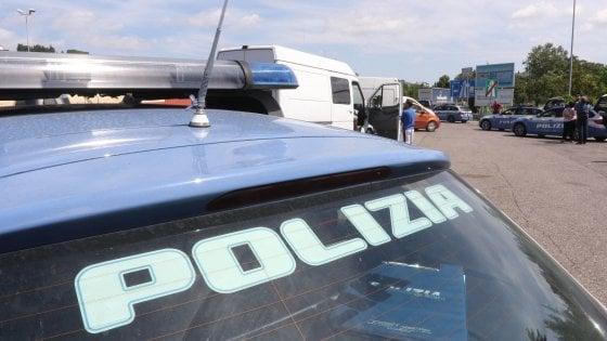 Catania: scontro sulla statale per Gela, muore un automobilista
