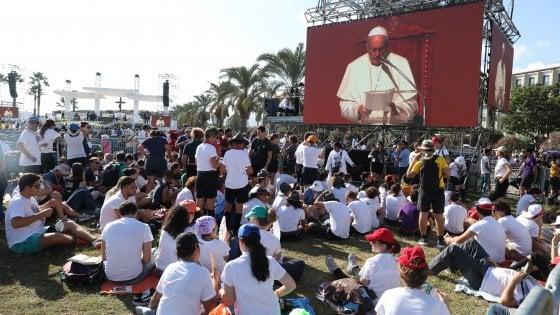 Palermo, ecco il popolo di Francesco: in ottantamila per il Papa