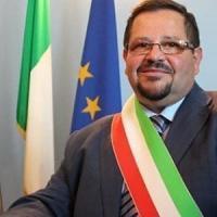 Il consiglio comunale lo sfiducia, l'ex sindaco di Gela fa ricorso al Tar