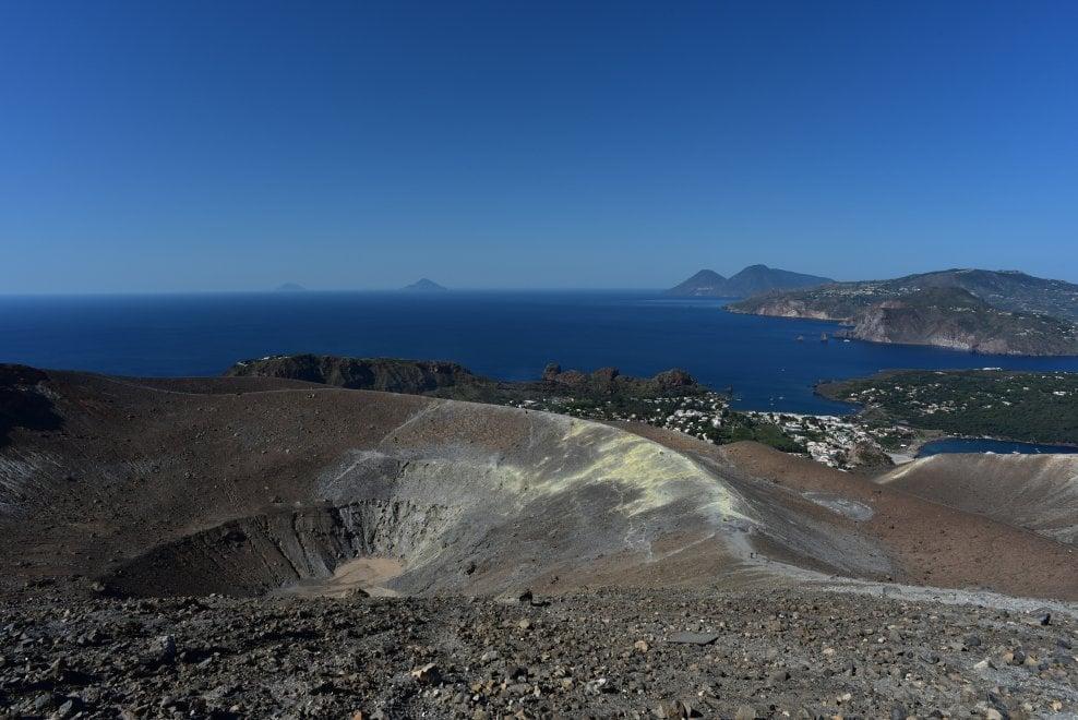 Messina, in una reazione a catena il segreto dell'attività eruttiva a Vulcano