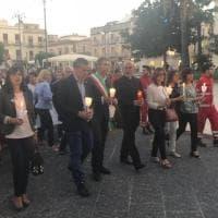 Siracusa, fiaccolata ad Avola per ricordare l'infermiera uccisa dall'ex della figlia