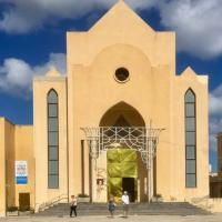 Lampedusa, teli termici sulle porte delle chiese