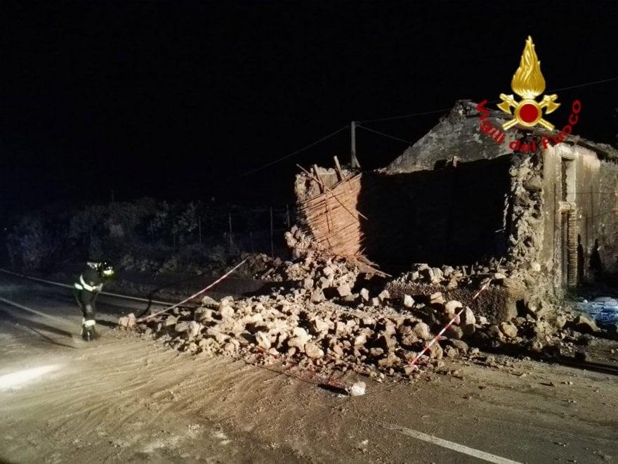 Terremoto nel catanese, le immagini dei danni
