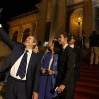 Palermo, alla prima del Rigoletto di Turturro fra selfie e musica